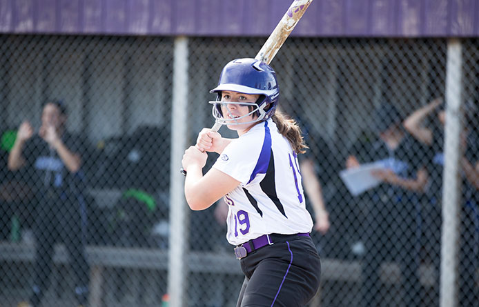 Brown's One-Hitter Headlines Softball's Twinbill Split at Pace