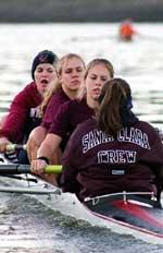 Women's Crew Rows at Sacramento State