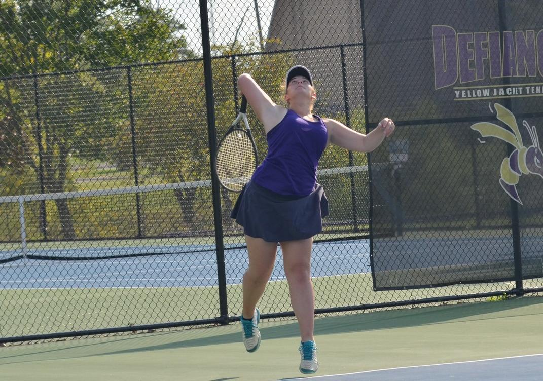 Singles Success Leads to Victory in HCAC Contest
