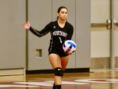 Women's Volleyball: Mustangs Headed to Region XIX Playoffs
