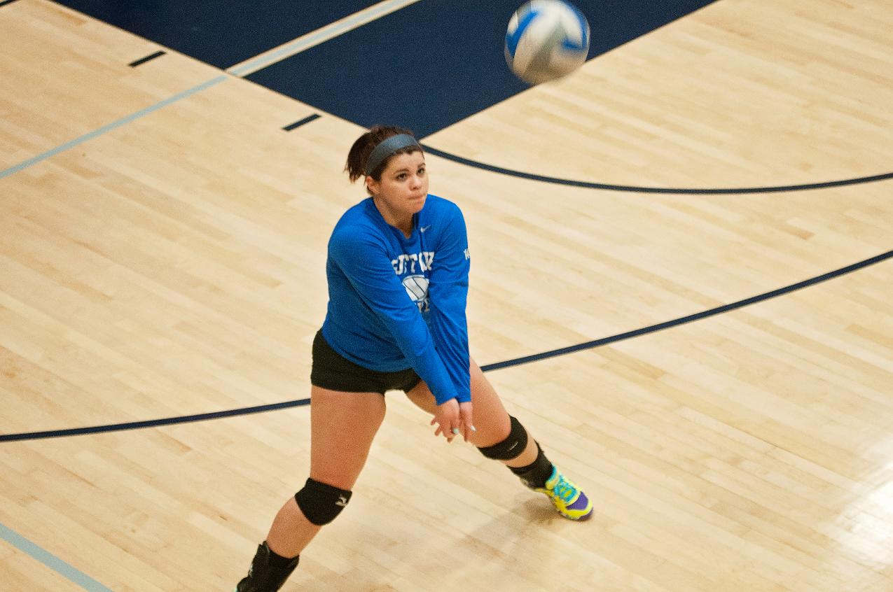 Volleyball Wraps Up Regular season With 3-0 Victory