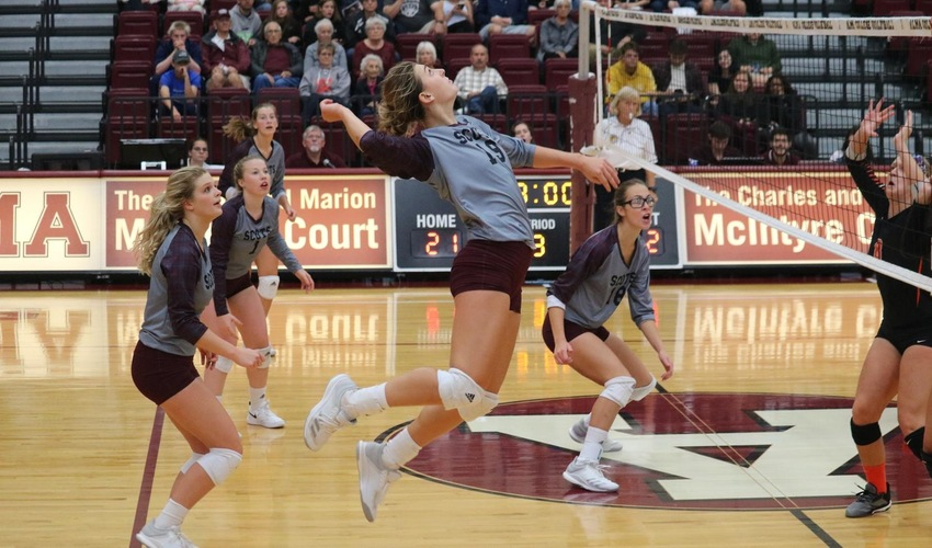 Volleyball Drops Just One Set on Opening Day