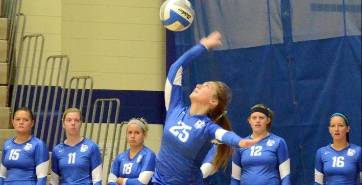 Volleyball snaps losing streak with sweep over MSOE