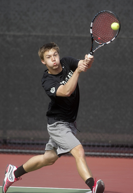 No. 67 Bronco Men's Tennis Bested By No. 6 Pepperdine In Competitive Match
