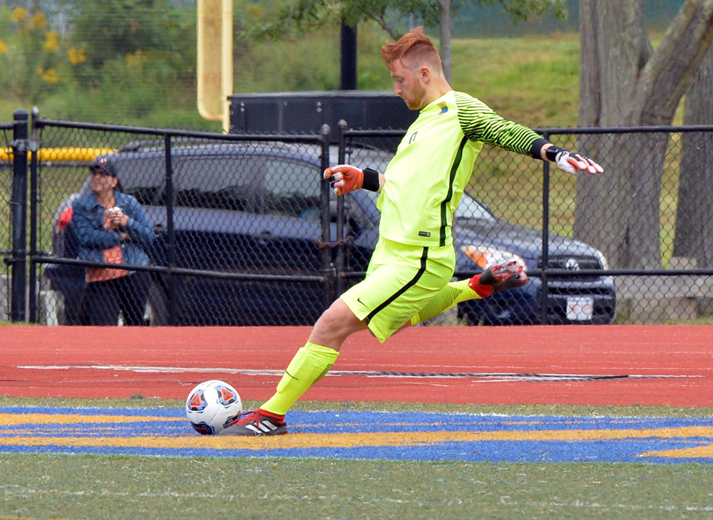 Men's Soccer Stopped by Framingham State