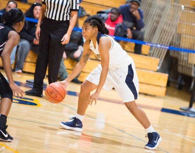 Women's Basketball Topped by John Jay, 83-65