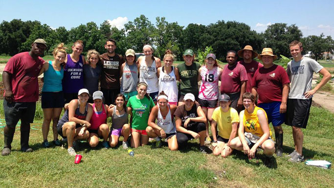 ROWER KIM GROSS EMBARKS UPON VOLUNTEER SERVICE TRIP TO NEW ORLEANS
