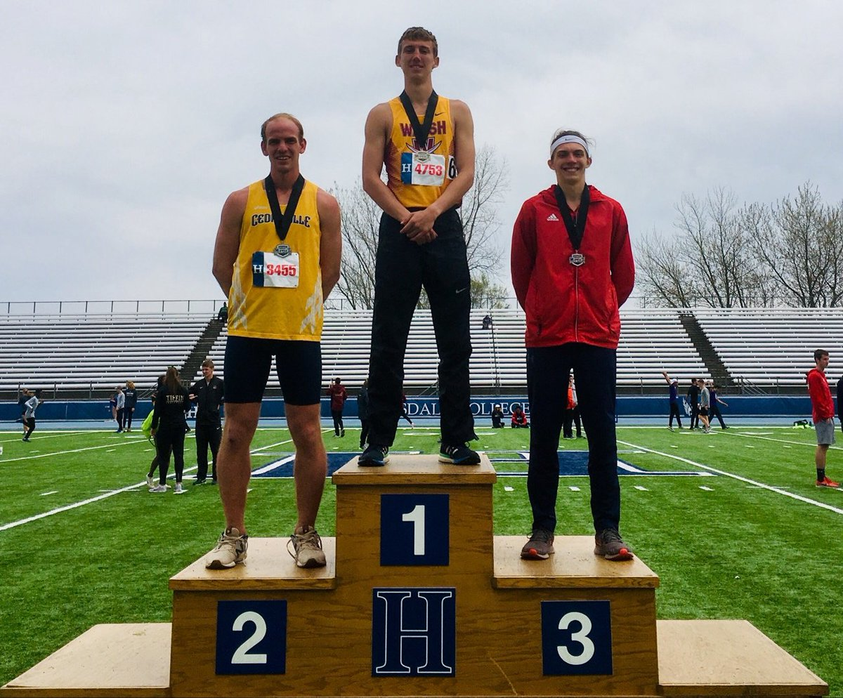 Men's Track Finishes Second at Conference With Three Champs