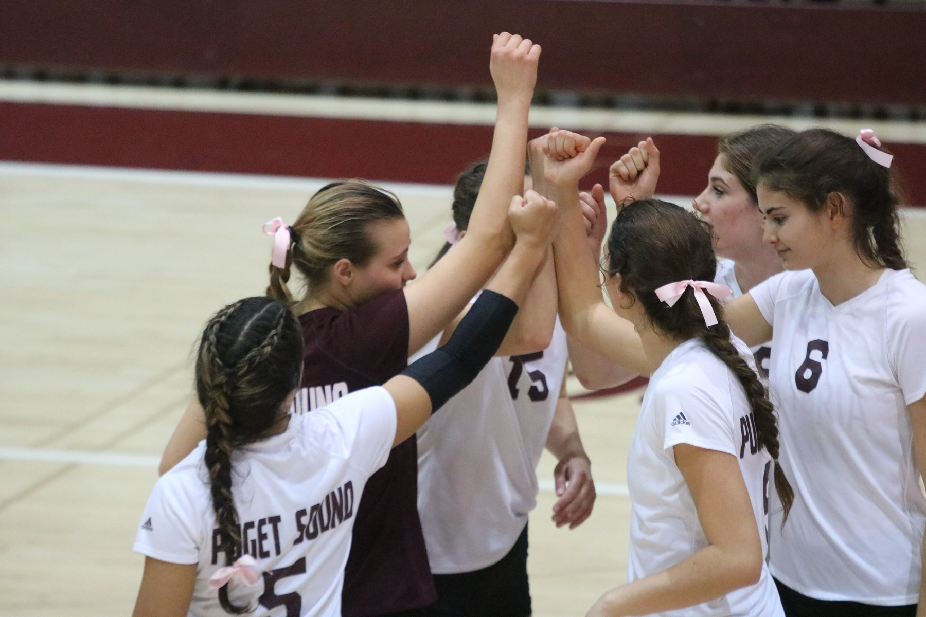 Loggers fall in straight sets against George Fox