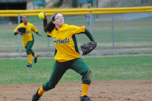 Lyndon ends season with twinbill loss to Farmington