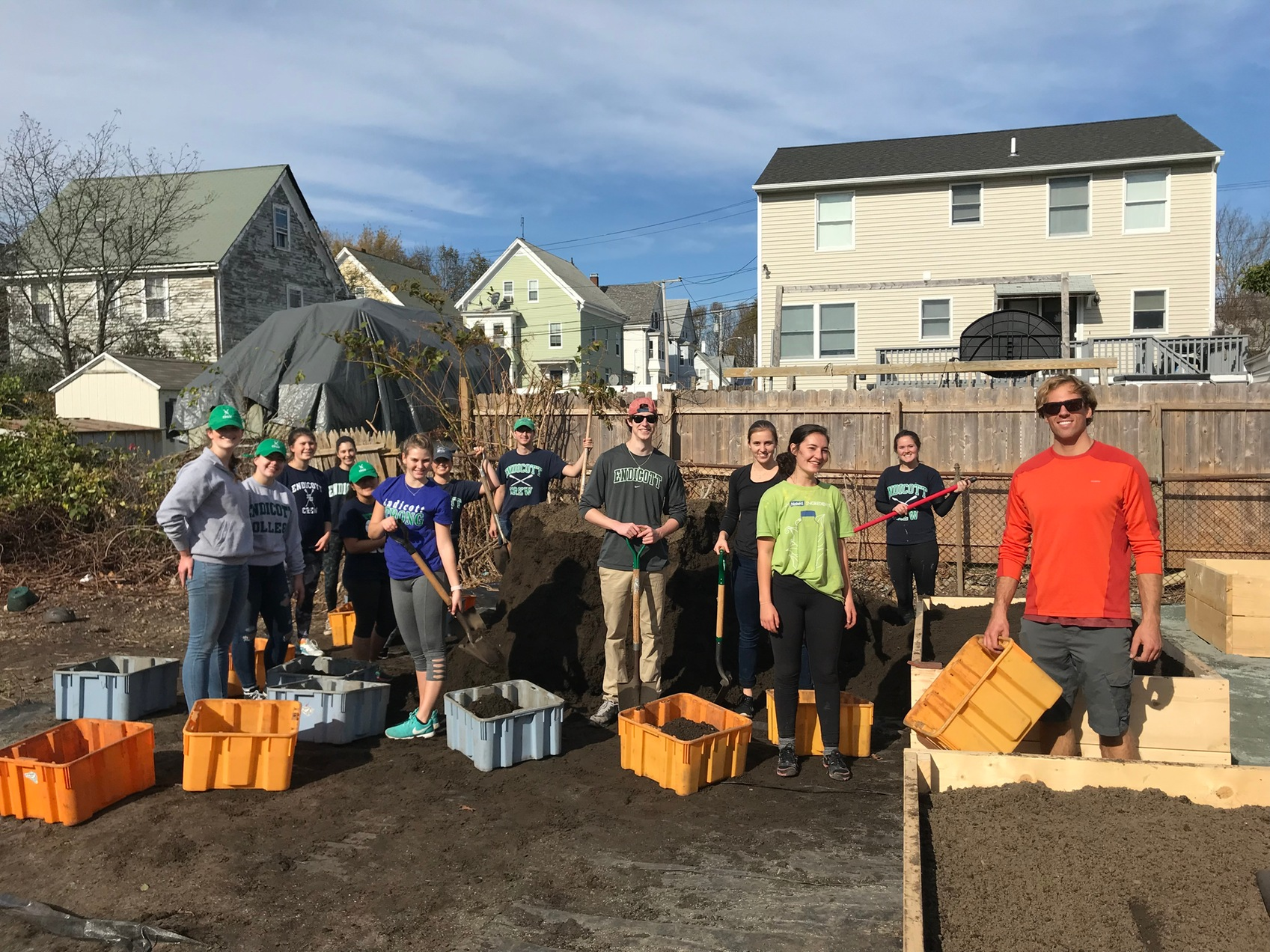 Community Service: Crew Team Partners Up With Backyard Growers