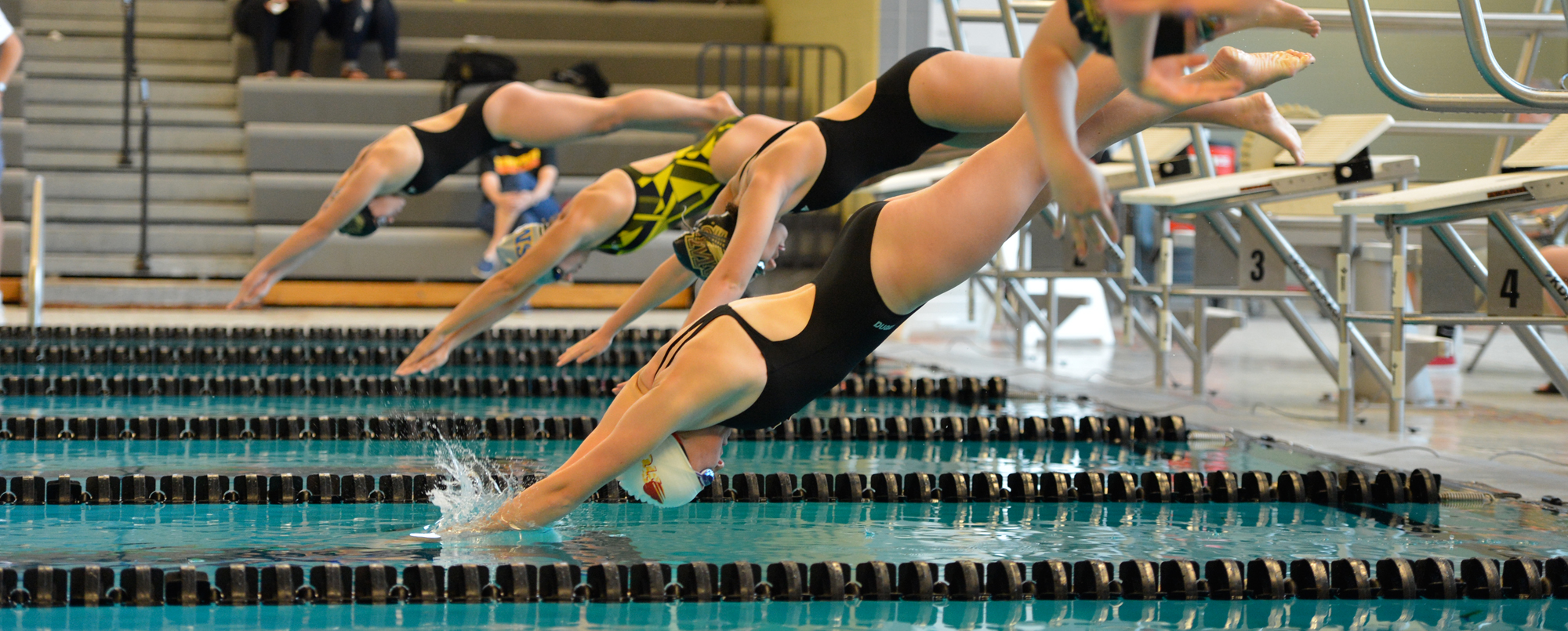 Women's swimming wins seven events in season-opening sweep