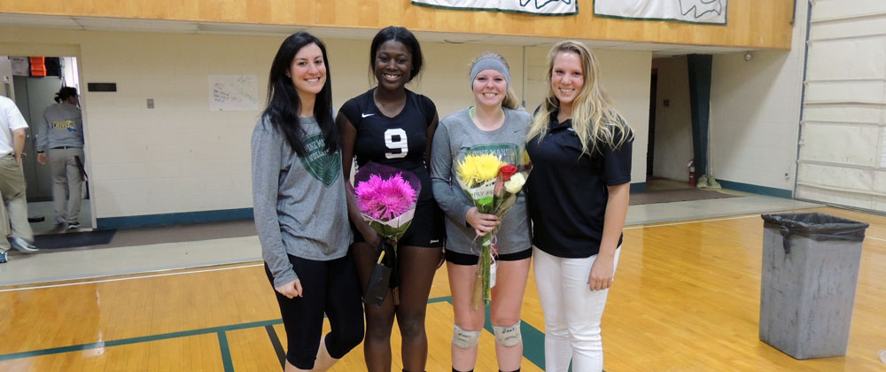 Seniors Shine in 3-0 Sweep of Mass. Maritime