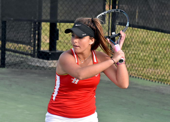 Huntingdon women split in Orlando