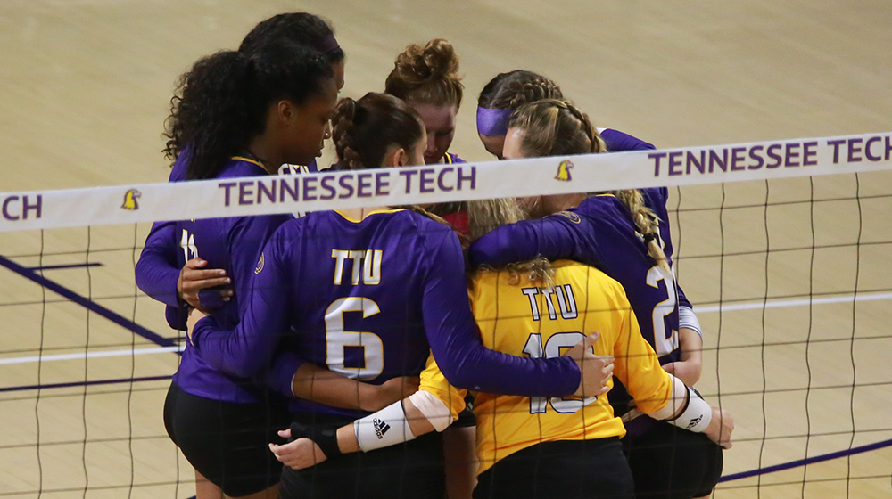 Tech volleyball goes to toe-to-toe with conference leader Austin Peay, falls 3-2
