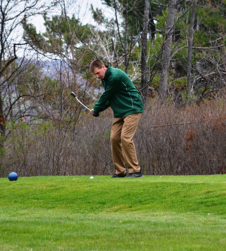 Sage golfers wrap season at SUNY-Cobleskill Spring Meet