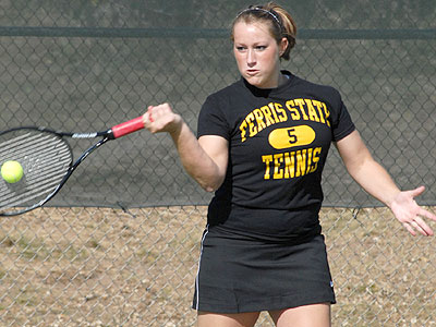 Bulldog women's tennis player Tiffany Rheynard