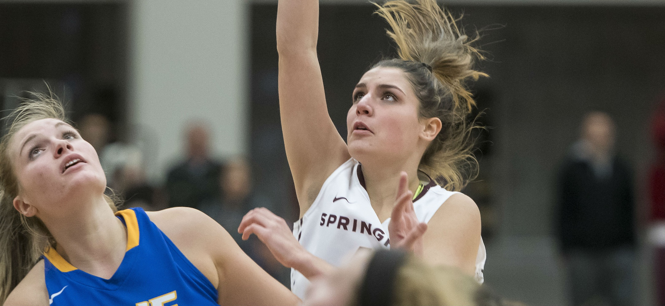 Women's Basektball Runs Past Mount Holyoke, 88-27