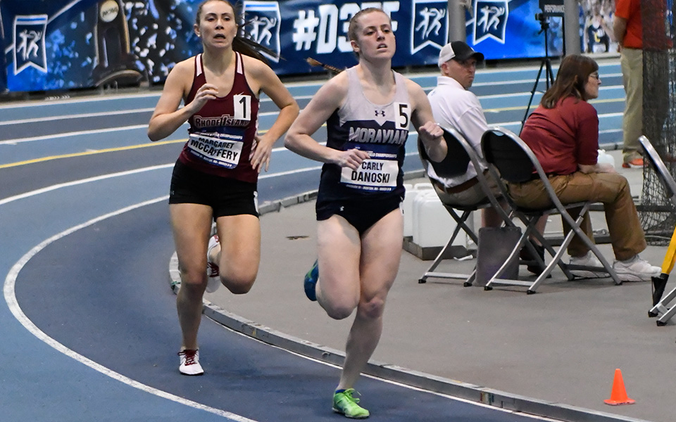 Senior Carly Danoski runs in the 800-meter run during 2019 NCAA Division III Indoor National Championships in Boston. Photo by D3photography.com.