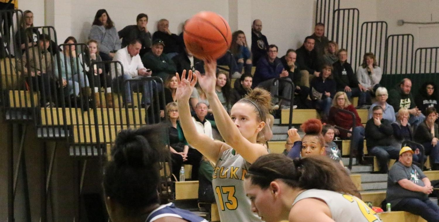 Sarah Tyler (13) went a perfect 7-7 from the free throw line for Keuka College