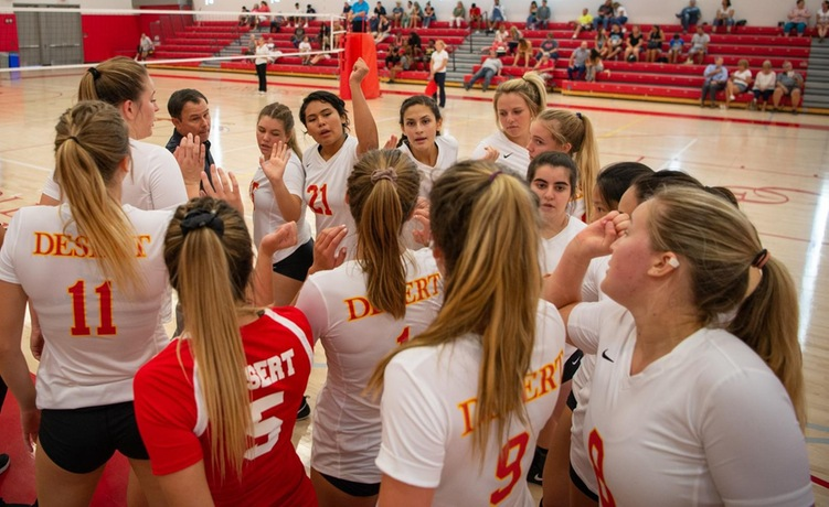 COD Women's Volleyball shoots down the Jets, 3-0