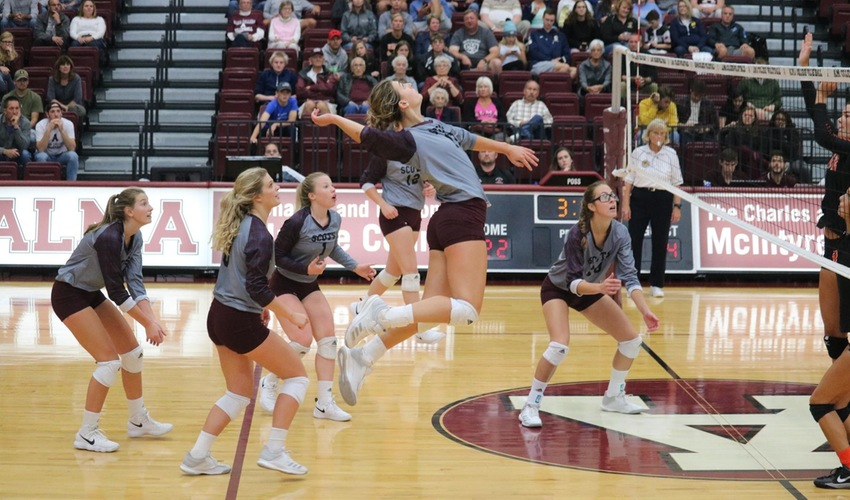 Volleyball Gets Back to its Winning Ways Against Kalamazoo
