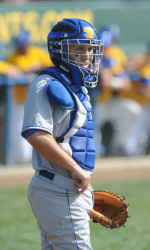 No. 24 Stanford Scores in Bottom of 9th to Come Back and Beat Gauchos