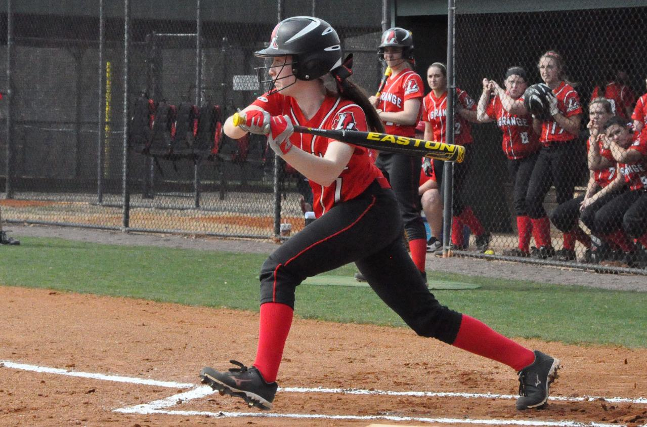 Softball: Huntingdon wins pitcher's duel over Panthers at USA South tournament