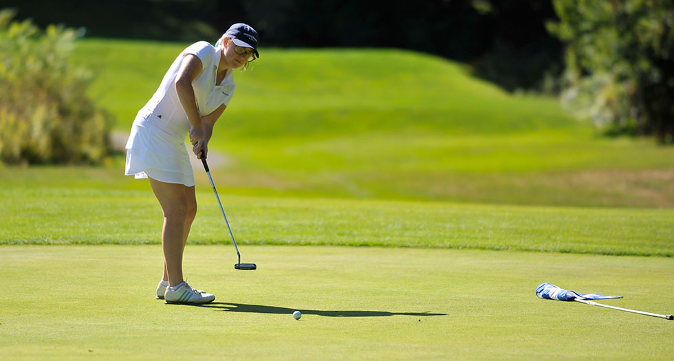 Golf Concludes Day 1 of Action at Vassar Invitational