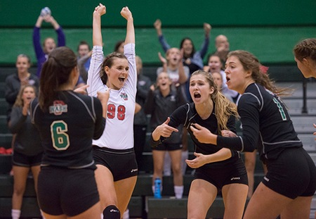 Washington University Clinches Second Seed in UAA Volleyball Championship With 4-0 Weekend
