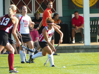 PRIDE HOLD ON TO DEFEAT FIELD HOCKEY