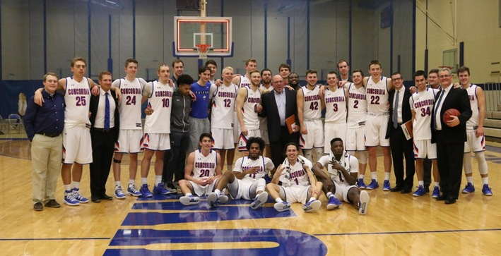 Fratzke and Coach Cassidy achieve career marks in NACC victory against Dominican