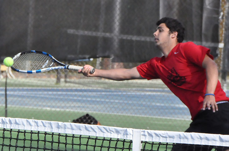 Men's Tennis: Panthers even USA South record with 9-0 win over William Peace