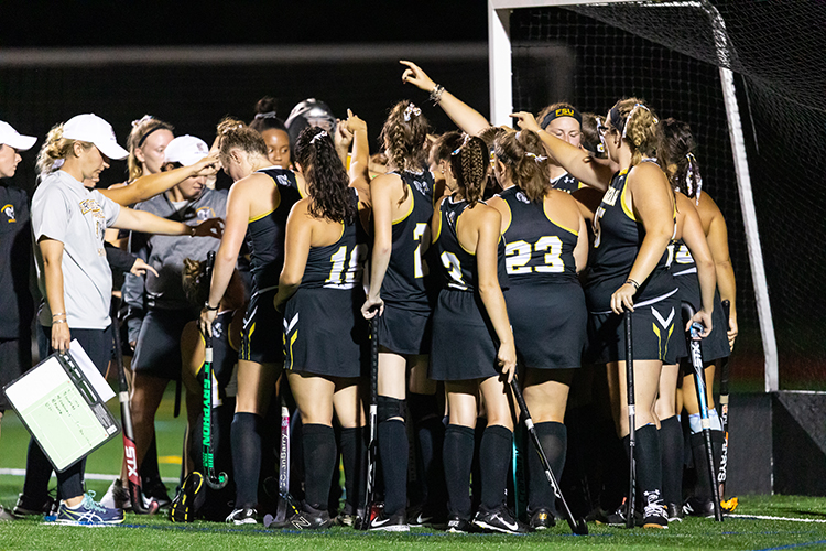 Field Hockey Shutout at Wellesley