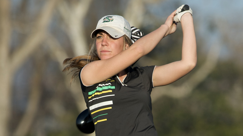 BRAKEL'S CAREER LOW KEEPS WOMEN'S GOLF IN CONTENTION AT BIG SKY CHAMPIONSHIP