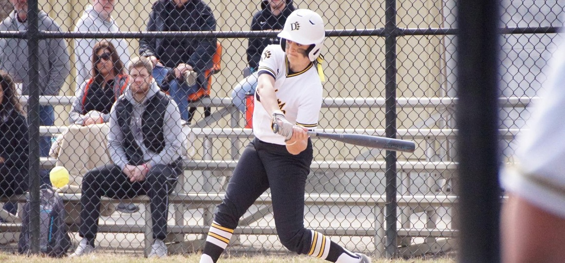 Softball Sweeps Ohio Valley to Remain Perfect in G-MAC Play