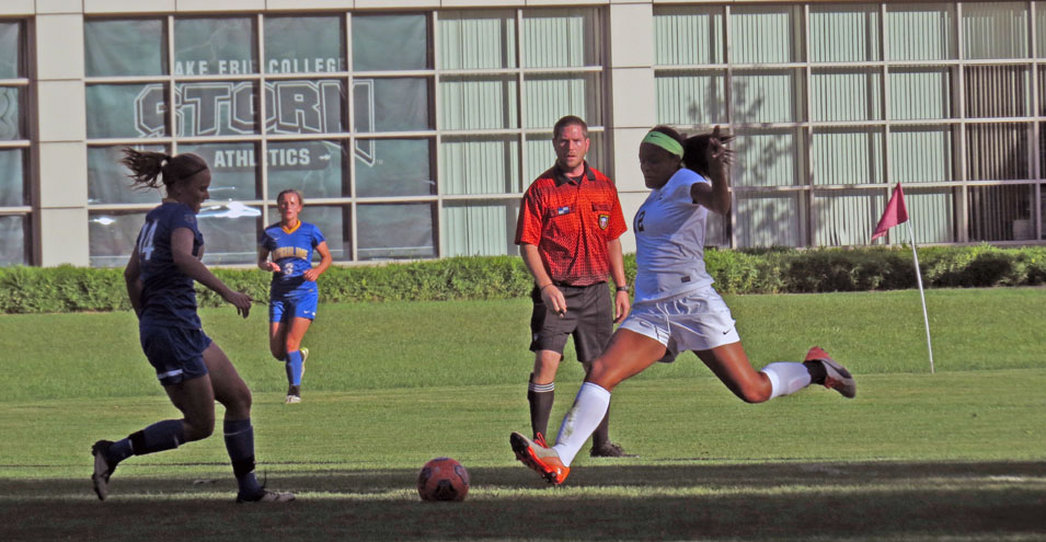 Awuah's Goal Lifts Storm Over Ursuline