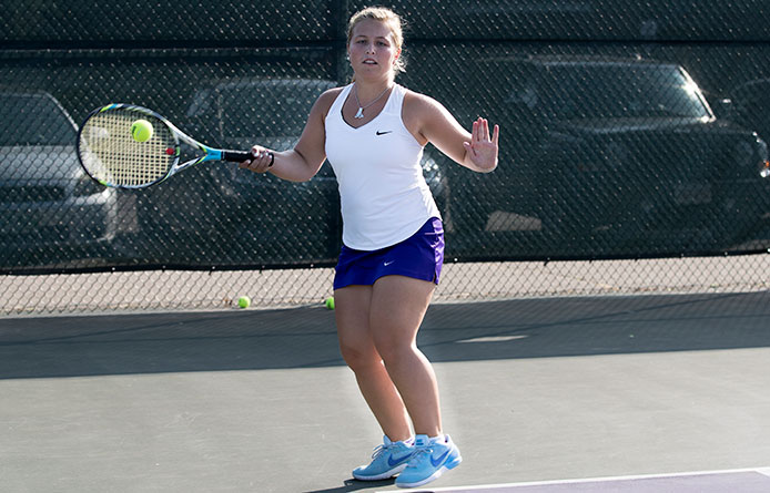 Women's Tennis Rallies Before Losing 5-4 Decision at New Haven
