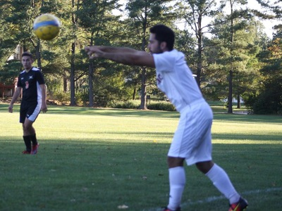 Men's Soccer: Mustangs move to 3-0