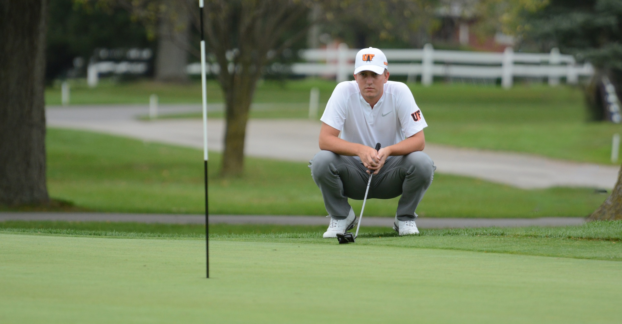Findlay Moves Up to Fourth at Greyhound Invitational