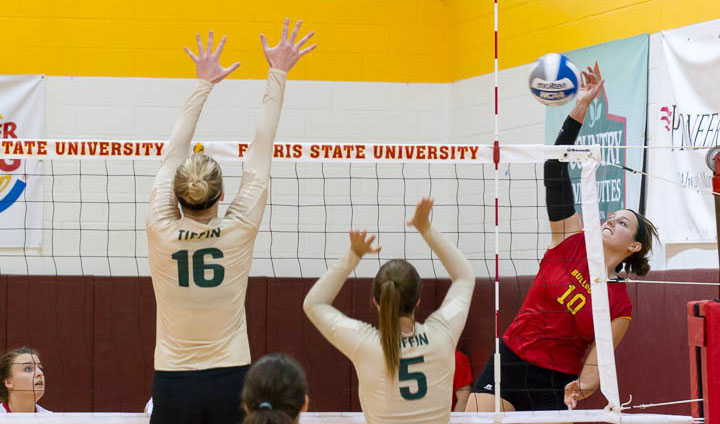 Ferris State Volleyball Pulls Out Triumph In Five-Set Thriller