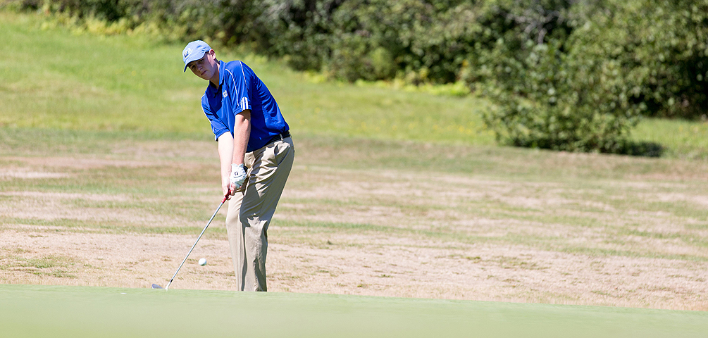 Klopfer Shoots Career-Low to Lead Mariners in Final Day of Maine State Championships