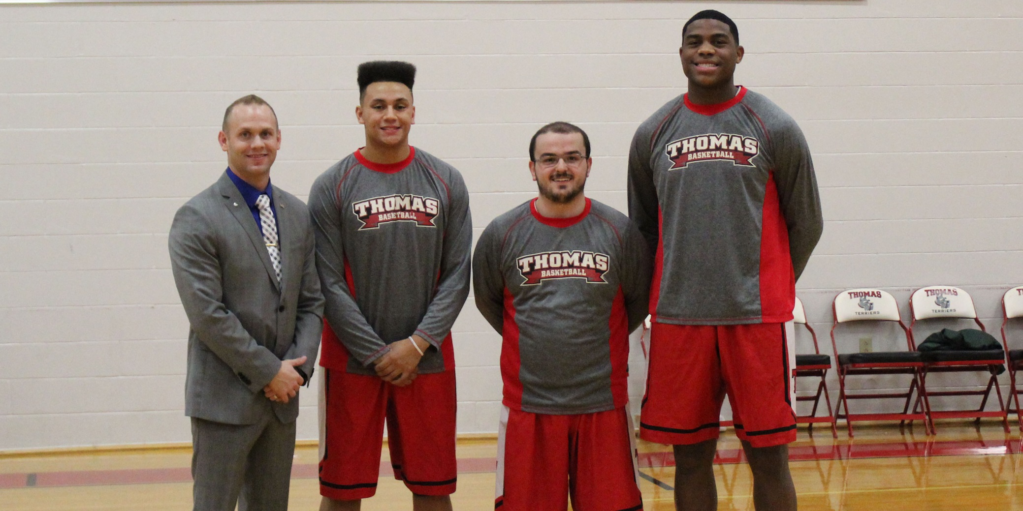 Terriers Best Eagles on Senior Day, 91-67