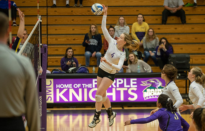 Women's Volleyball Suffers Road Setback at Franklin Pierce