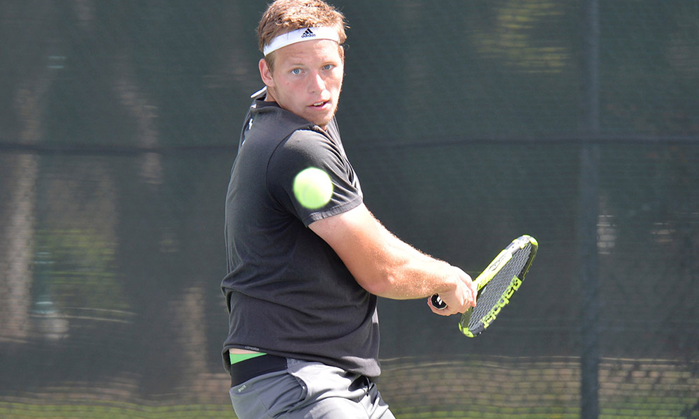 MEN'S TENNIS WINS THIRD STRAIGHT AFTER 5-2 ROAD WIN AT IDAHO STATE