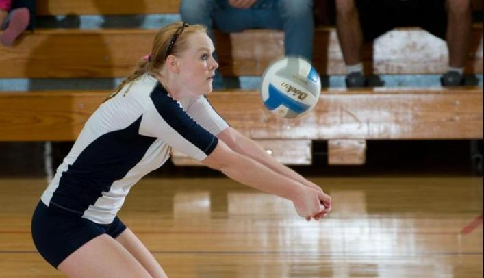 Volleyball Sweeps Yellowjackets for Fourth Straight Win