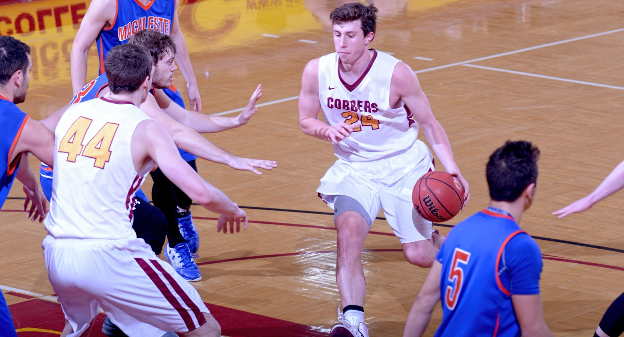 Senior Austin Nelson put up his third 20-point game of the season as he scored 20 points in the Cobbers' 85-72 win at Macalester.