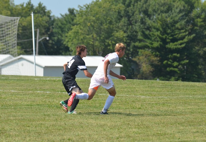 Thomas Capitalizes On PK But Red Devils Fall Short