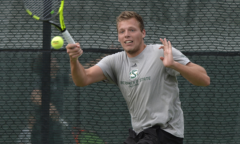 MEN'S TENNIS OPENS GOLDEN STATE INVITATIONAL WITH 5-2 LOSS TO HAWAI'I