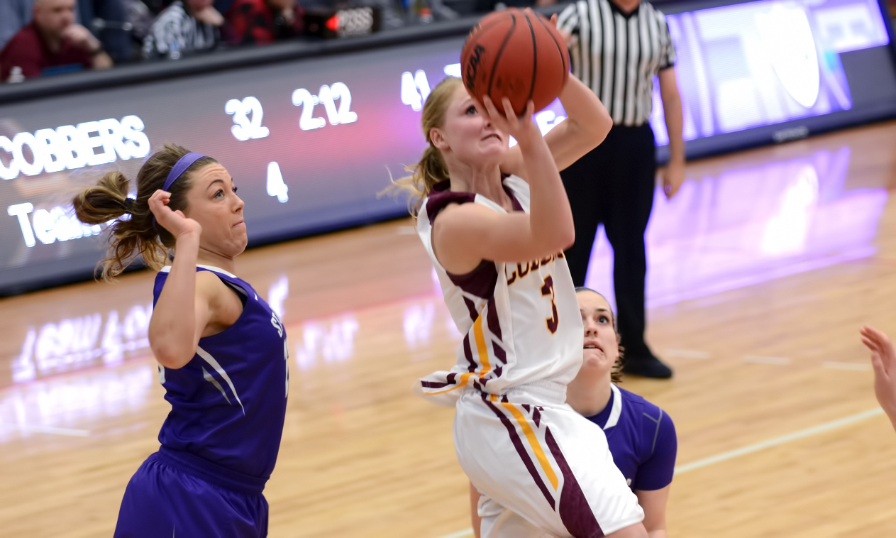 Junior Greta Walsh had a career-high 22 points in the Cobbers' loss to #9 St. Thomas. She also had four rebounds and two assists.